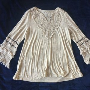 NWT Womens Crocheted Tunic Top with Tassels